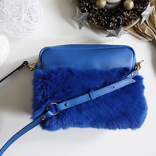 Koženo- kožušinová kabelka CROSSBODY- KRÁĽOVSKÁ MODRÁ