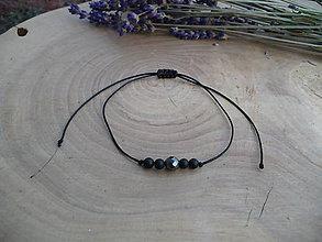 Náramky - jednoduchý šnúrkový náramok Hematit a Onyx - 8983075_