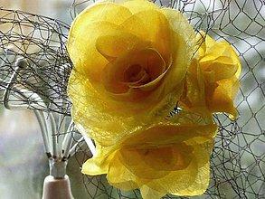 Ozdoby do vlasov - Fascinátor so žltými ružami - 8983269_