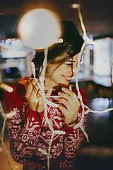 Šaty - Dlhé červené vyšívané šaty - 8984659_