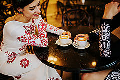 Šaty - Dlhé biele vyšívané šaty - 8984708_