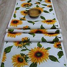 Úžitkový textil - Slnečnice na bielej - stredový obrus  (180 cm x 40 cm) - 8986942_
