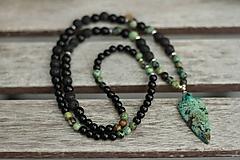 Šperky - Pánsky náhrdelník z minerálov tyrkys, láva, onyx - 8984679_