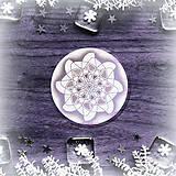 Pomôcky - Podšálka nežná snehová vločka 4 - 8985394_