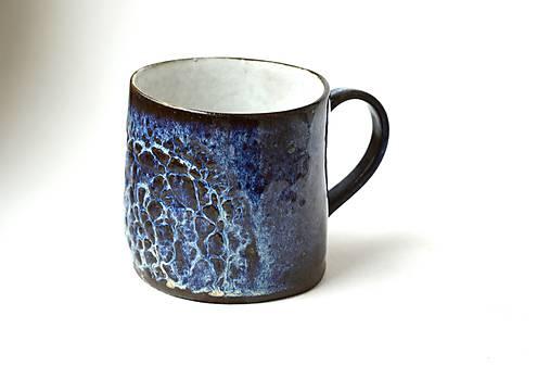 Čipkovaný pohár (Nočná obloha s bielou)