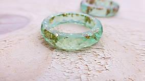 Prstene - Živicový prsteň - 8998646_