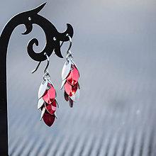 Náušnice - Micro náušnice - Dračí ocásky se stříbrnou (červené) - 8998699_