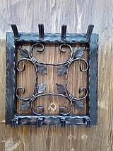 Nábytok - Kovový vešiak na kľúče - 8999525_