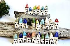 Dekorácie - Domček z dedinky v údolí - 8996570_