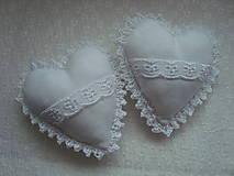 Darčeky pre svadobčanov - Svadobné srdiečka - 8996456_