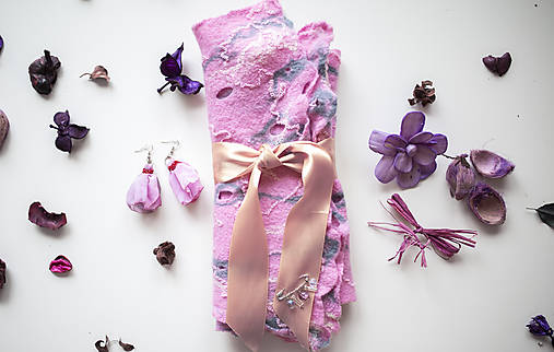 Dámsky plstený šál -