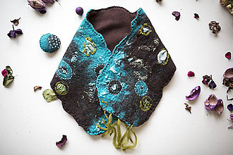 Šály - Extravagantný dámsky plstený šál- Hnedo modrý + brošňa-VIANOČNÁ ZĽAVA 30% ❤ - 9001379_