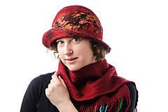 Čiapky - Dámsky vlnený klobúk, ručne plstený z merino vlny, červený s hodvábom, Vintage dizajn - 9007022_