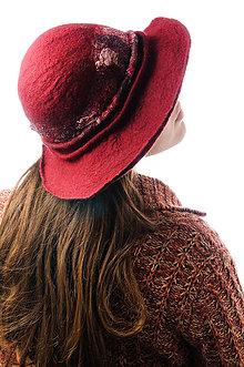 a4e6582ee Čiapky - Červený vlnený klobúk, ručne plstený z merino vlny - 9007029_