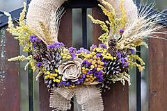 Dekorácie - Venček zo sušených kvetov - 9004138_