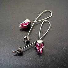 Náušnice - Náušnice PET tmavo ružové puky - 9011168_
