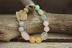 - Boho náramok z minerálov citrín, ruženín, jadeit, amazonit... - 9007427_