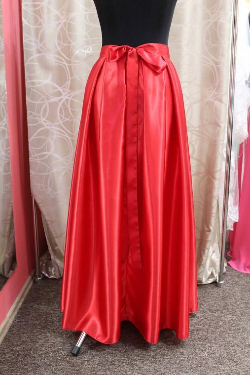 310fa4197b05 Saténová sukňa - červená   Ivaneli - SAShE.sk - Handmade Sukne