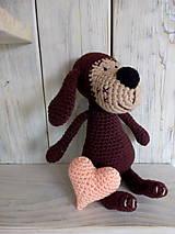 Hračky - Hnedý psíček so srdiečkom - 9012318_