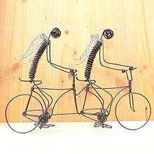 Dekorácie - Anjeli na tandemovom bicykli - 9013173_