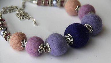 Náhrdelníky - Plstený náhrdelník - 9013635_