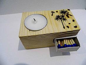 Svietidlá a sviečky - Drevený svietnik -smrekový - 9014208_