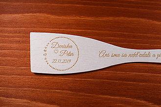 Darčeky pre svadobčanov - Vareška drevená gravírovaná darček svadobčanom 1 - 9013800_
