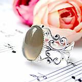 Romantic Grey Agate in Silver / Prsteň so šedým achátom v striebornom prevedení /0393