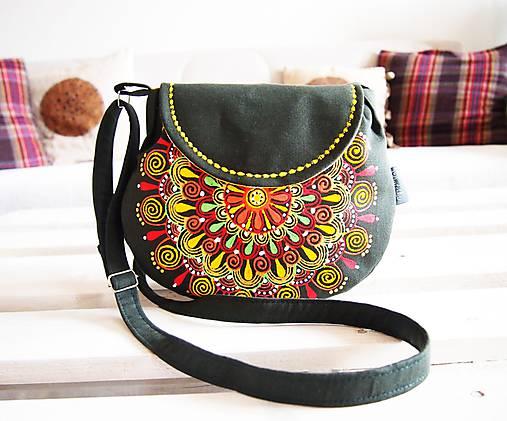 Malá maľovaná olivová kabelka s mandalou   DARTASKA - SAShE.sk ... 750b32afed7
