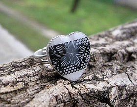 Prstene - Srdiečko prsteň (Čierno biele čipkované srdiečko - prsteň, č.1685) - 9017251_