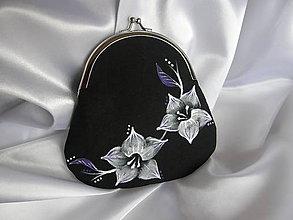 Peňaženky - Čierna peňaženka s kvetmi - 9024621_