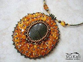 Náhrdelníky - Amber - jantár, serpentín - 9030921_