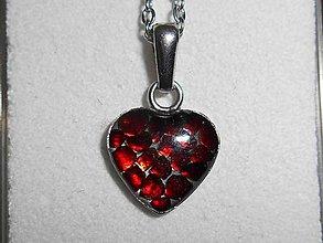 Náhrdelníky - little garnet heart - 9031499_