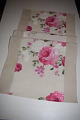 Úžitkový textil - STŘEDOVÝ BĚHOUN .. růžové květy - 9034617_