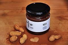 - Med s kakaom a doma praženými arašidmi - 9032713_
