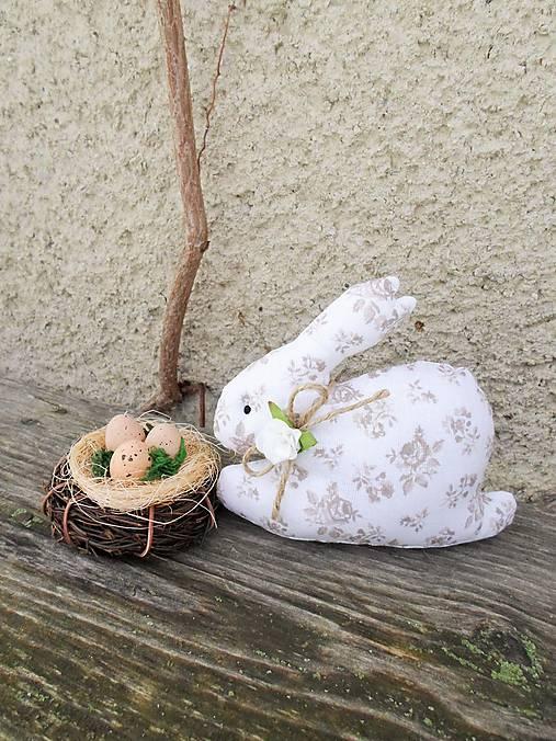 Zajko s hniezdočkom (Béžová)