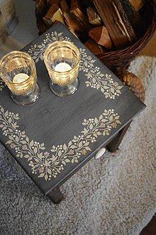 Nábytok - Vidiecky stolík s kvetinovým ornamentom - 9035004_