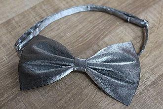 Doplnky - Metalický sivý motýlik - nastaviteľný - 9037975_