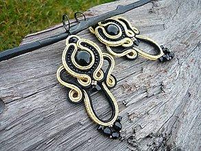 Náušnice - Soutache náušnice Luxury Black&Gold - 9039321_
