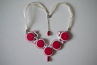 Náhrdelníky - Soutache náhrdelník - Ružová láska - 9039283_