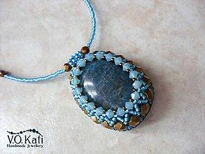 Náhrdelníky - Johanne - apatit, bead embroidery - 9045643_