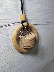 Náhrdelníky - Drevený náhrdelník / prívesok - 9045451_