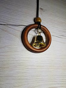 Náhrdelníky - Drevený náhrdelník / prívesok - 9045477_