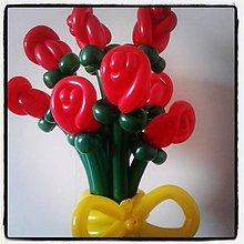 Kytice pre nevestu - Balónová kytica zo 7 červených balónových ruží - 9044025_