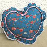 Úžitkový textil - Romantický vankúš srdce s volánom (Tyrkysová) - 9041727_