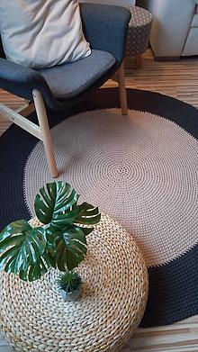 Úžitkový textil - Ručne háčkovaný koberec - dvojfarebný - 9044212_