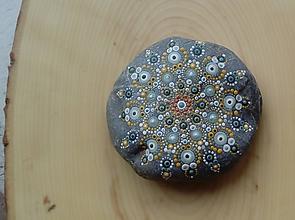 Dekorácie - Mandala - Na kameni maľované - 9047213_