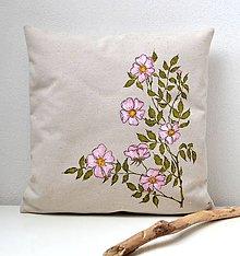 Úžitkový textil - Vankúš-ručne maľovaný-Ružička šípová - 9051811_