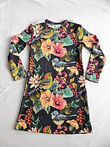 Detské oblečenie - Šaty s vlečkou - kvetované - 9054143_