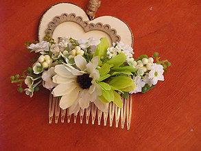 Ozdoby do vlasov - Zelenkavý jarný hrebienok - 9051943_
